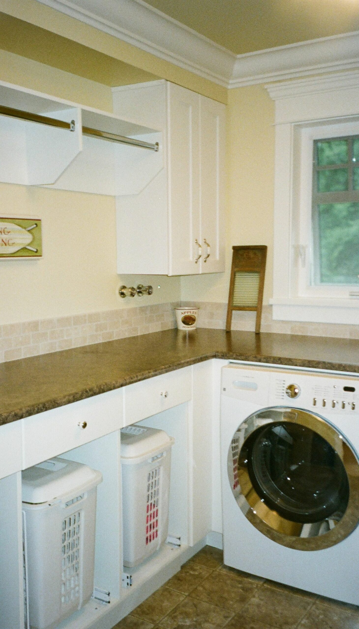 Modern white laundry room with L shape laundry cabinets | Laundry ..
