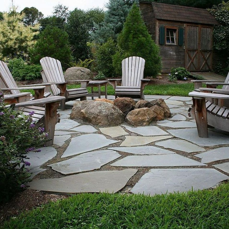 Natural Flagstone Patio & Fire Pit | Fire pit backyard, Backyard ..