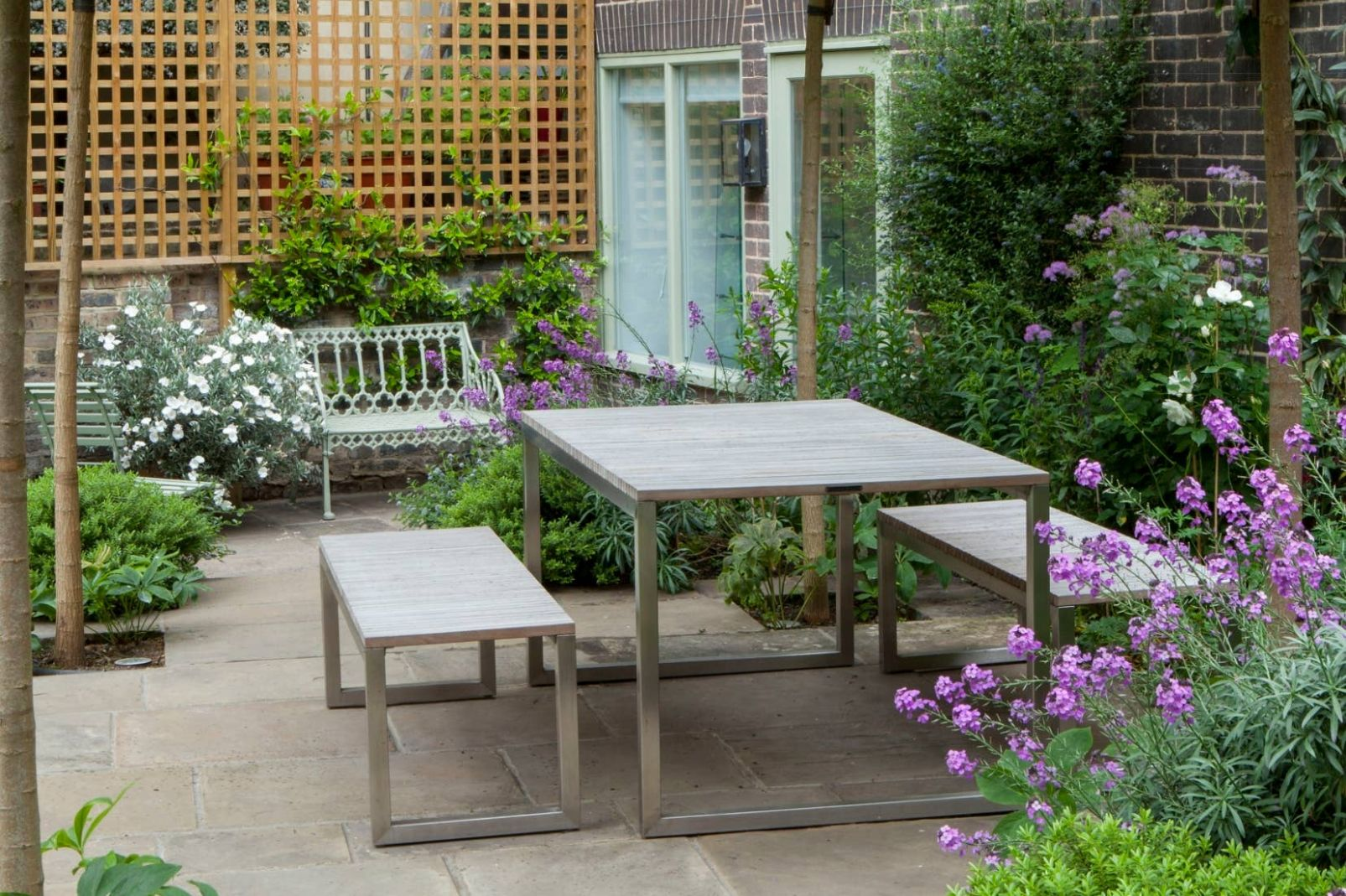 No more nosy neighbours: how to get garden privacy in your London ...