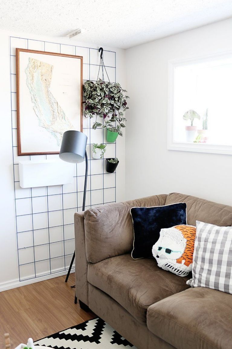 No Nails Needed: Renter's Tricks for Decorating that Awkward Space ...