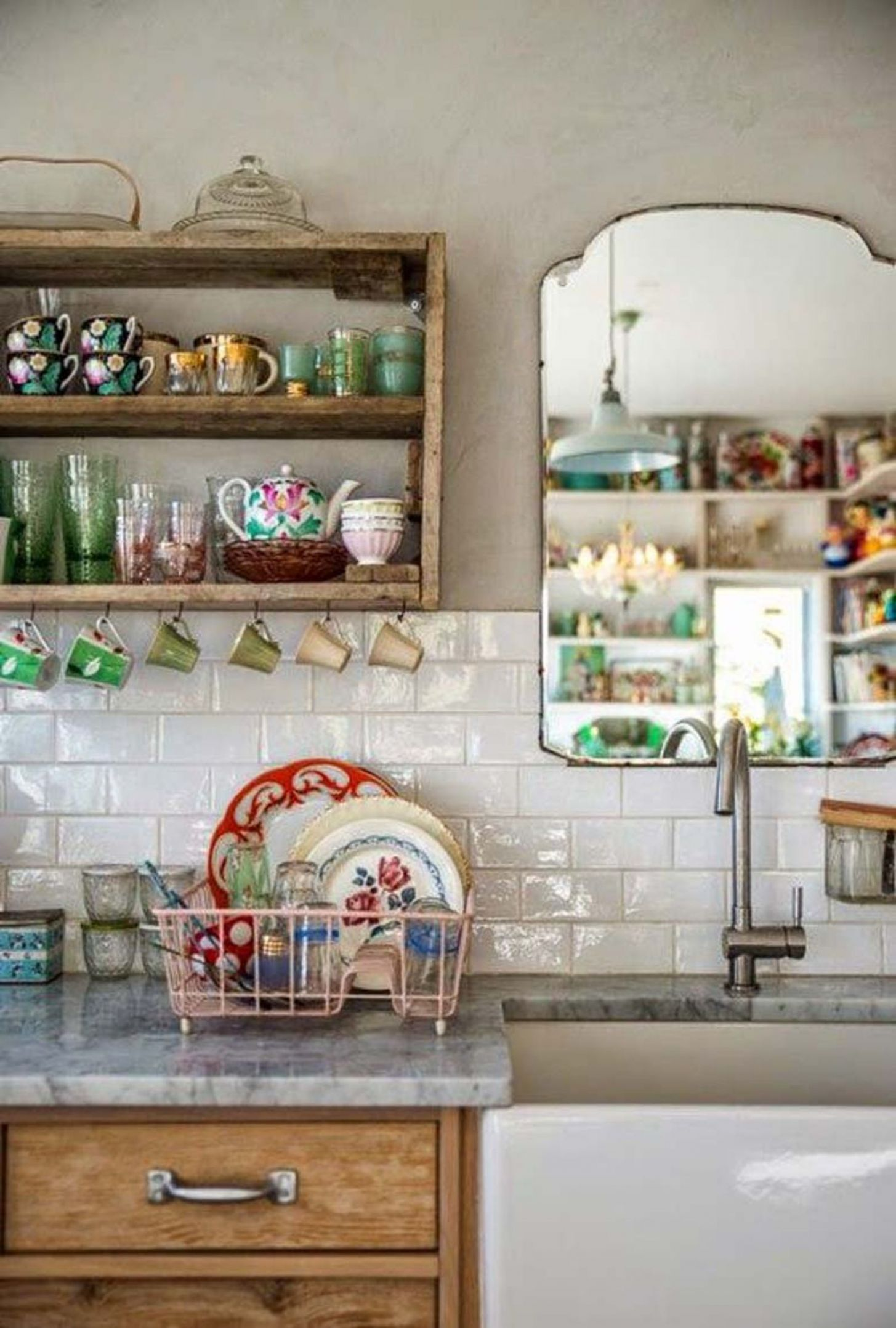 No Window Over the Kitchen Sink? Hang a Mirror!   Home kitchens ...