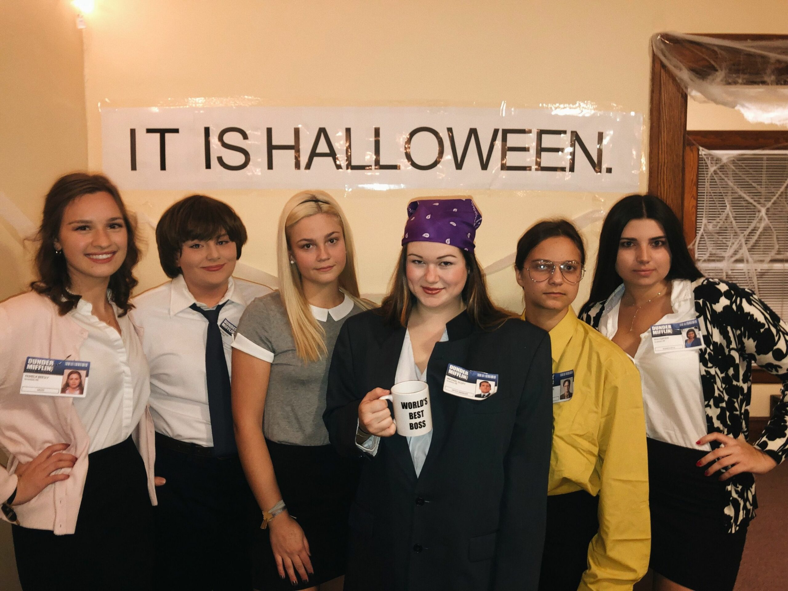 office costume - Dares