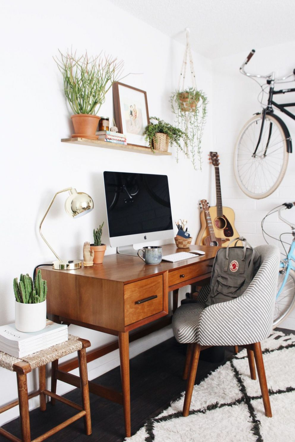 Office Obsession #12 | Retro home decor, Gravity home - vintage home office desk ideas