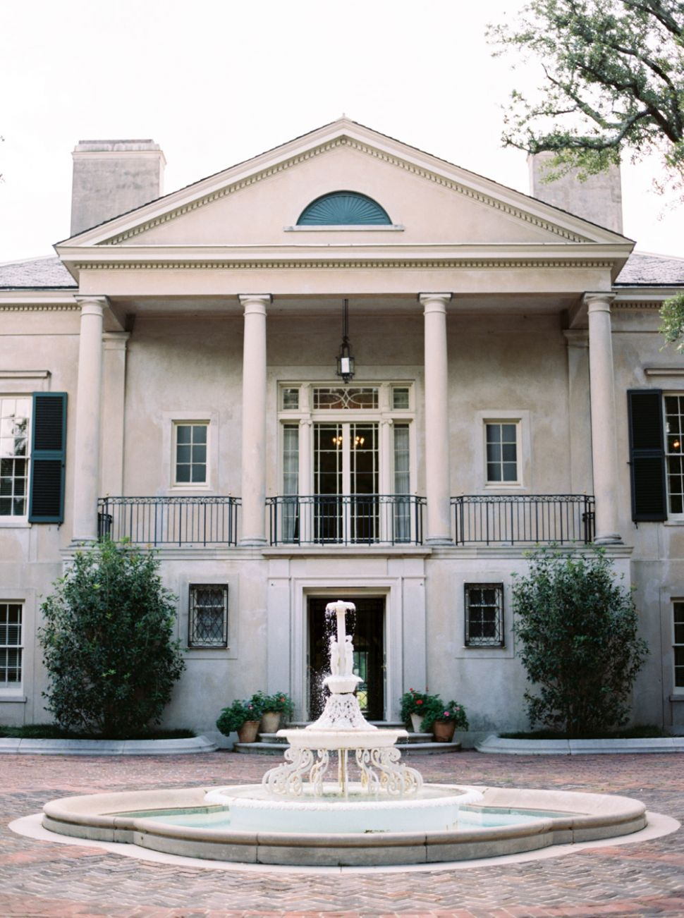 Old World Inspiration at Longvue House in New Orleans, Louisiana ..