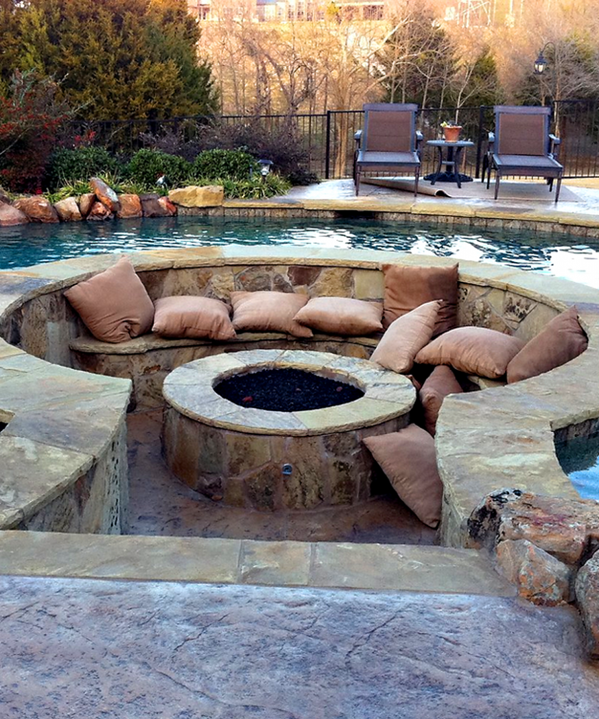OMG this pool fire pit!!! | Fire pit backyard, Backyard, Outdoor fire - pool ideas with fire pit