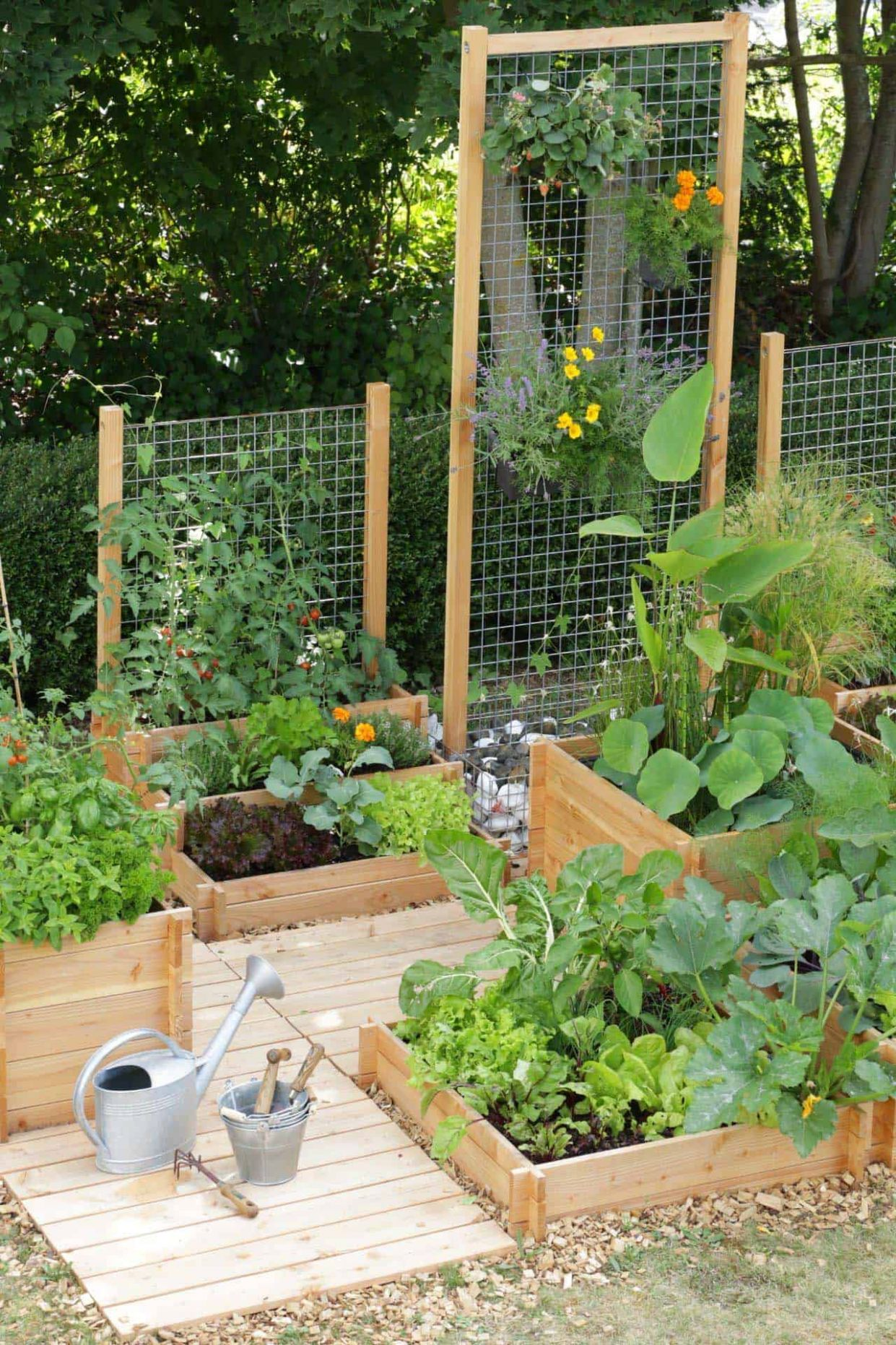 One Kindesign - garden ideas vegetable