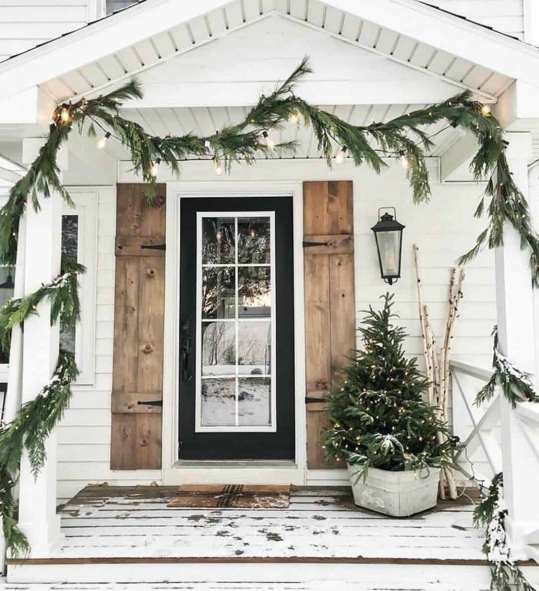 One Kindesign - winter front porch ideas not christmas