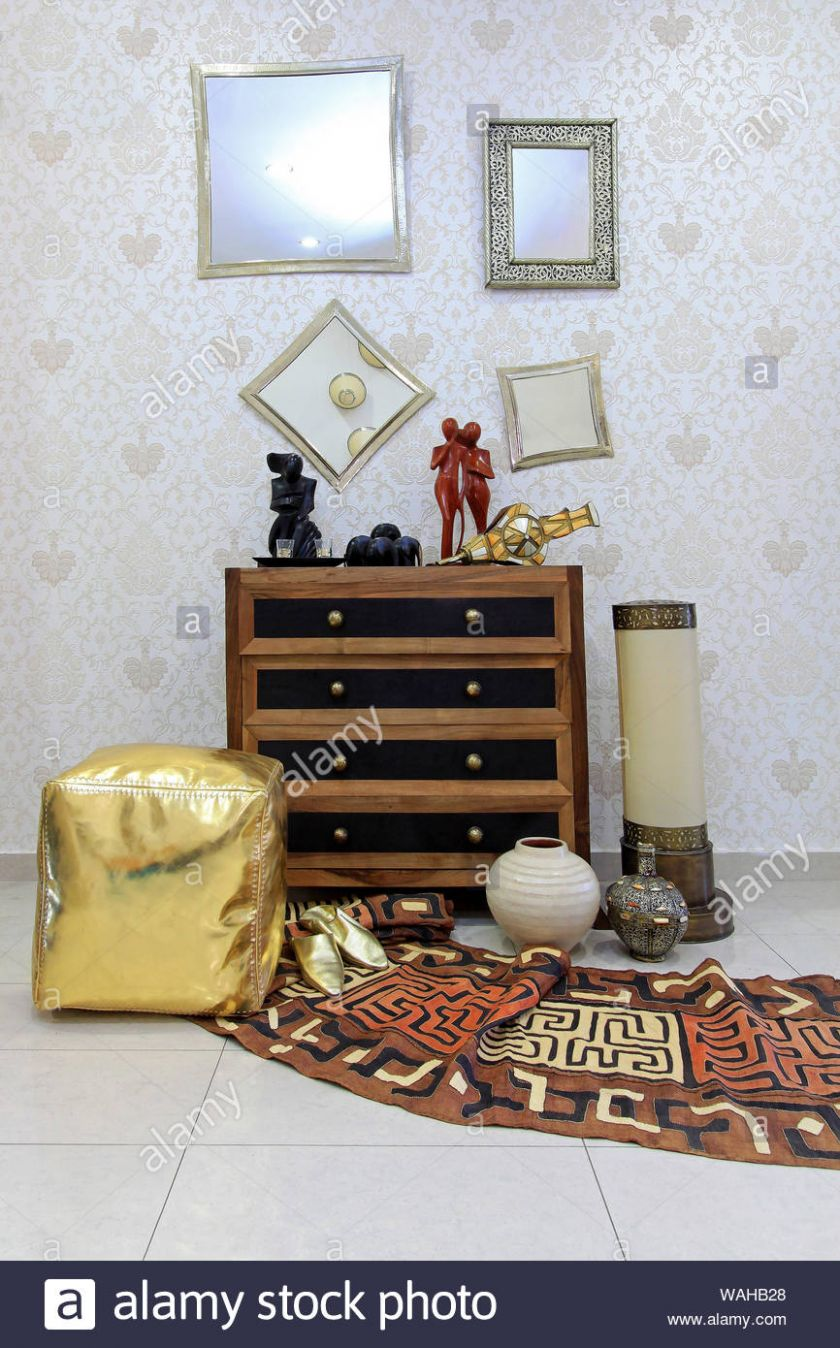 Oriental furniture and ornaments style home decor Stock Photo ...