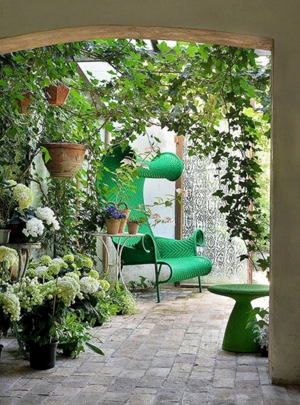 Patio Design Ideas With Vines Ideas – DECOOR - backyard vines ideas