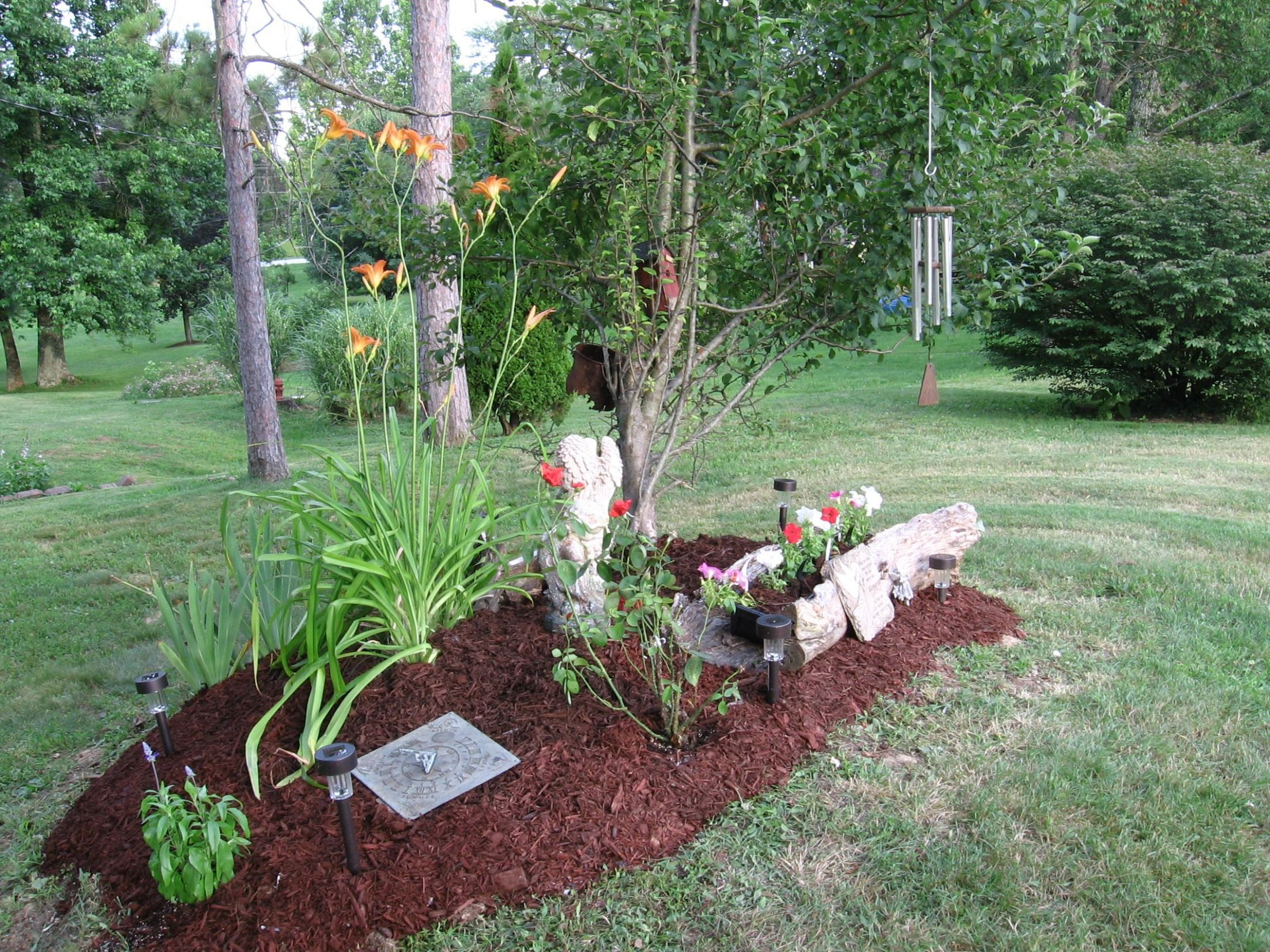 Pet Memorial- Creating a Garden for a Pet that Has Passed | Prayer ...