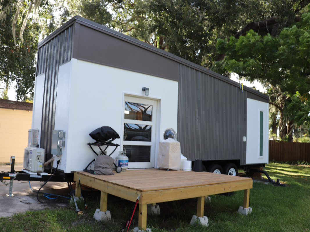 Photos that show the ugly truth of living in a tiny house - Insider