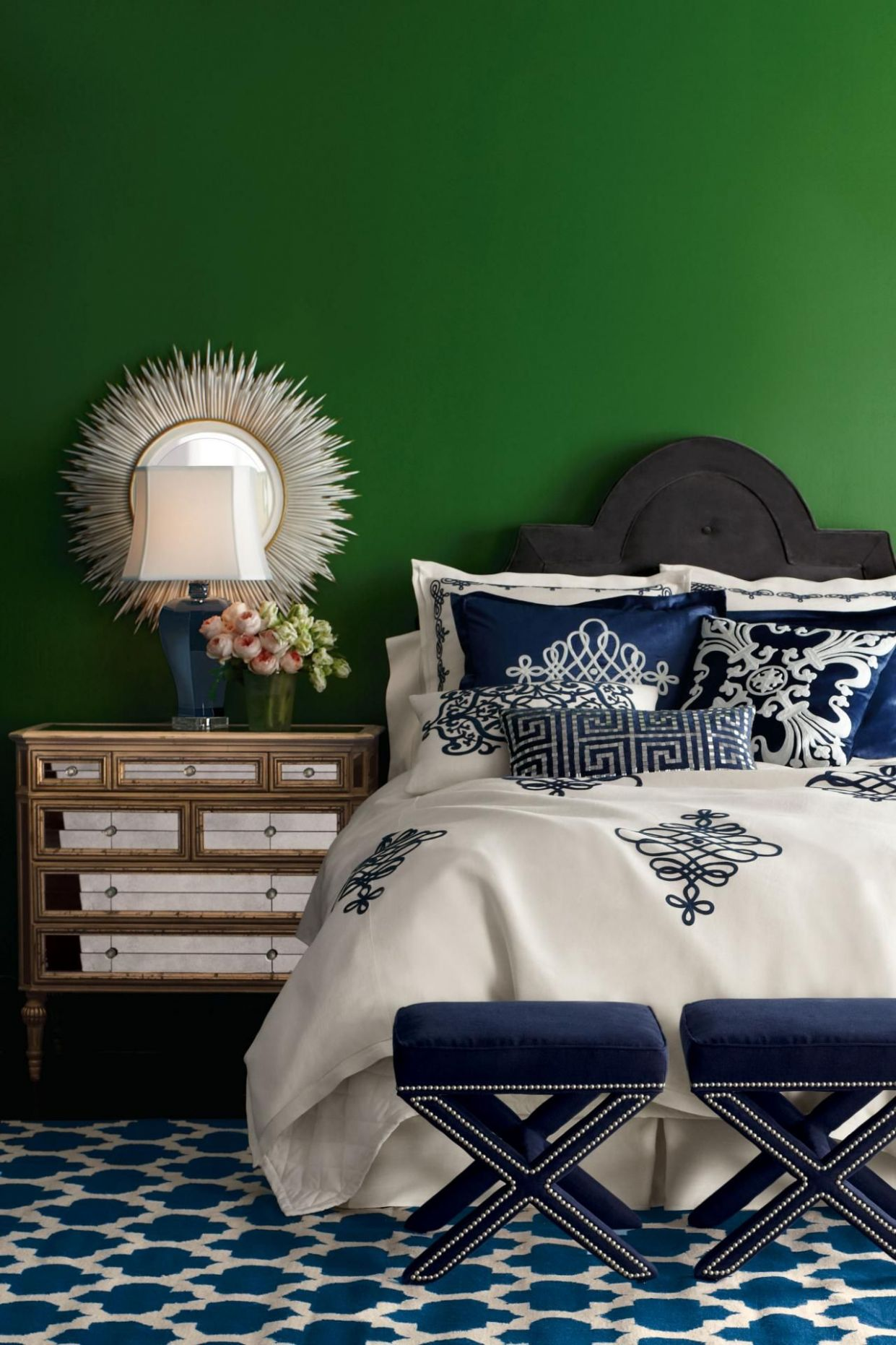Pictures of Emerald Green Spaces | Color Palette and Schemes for ..