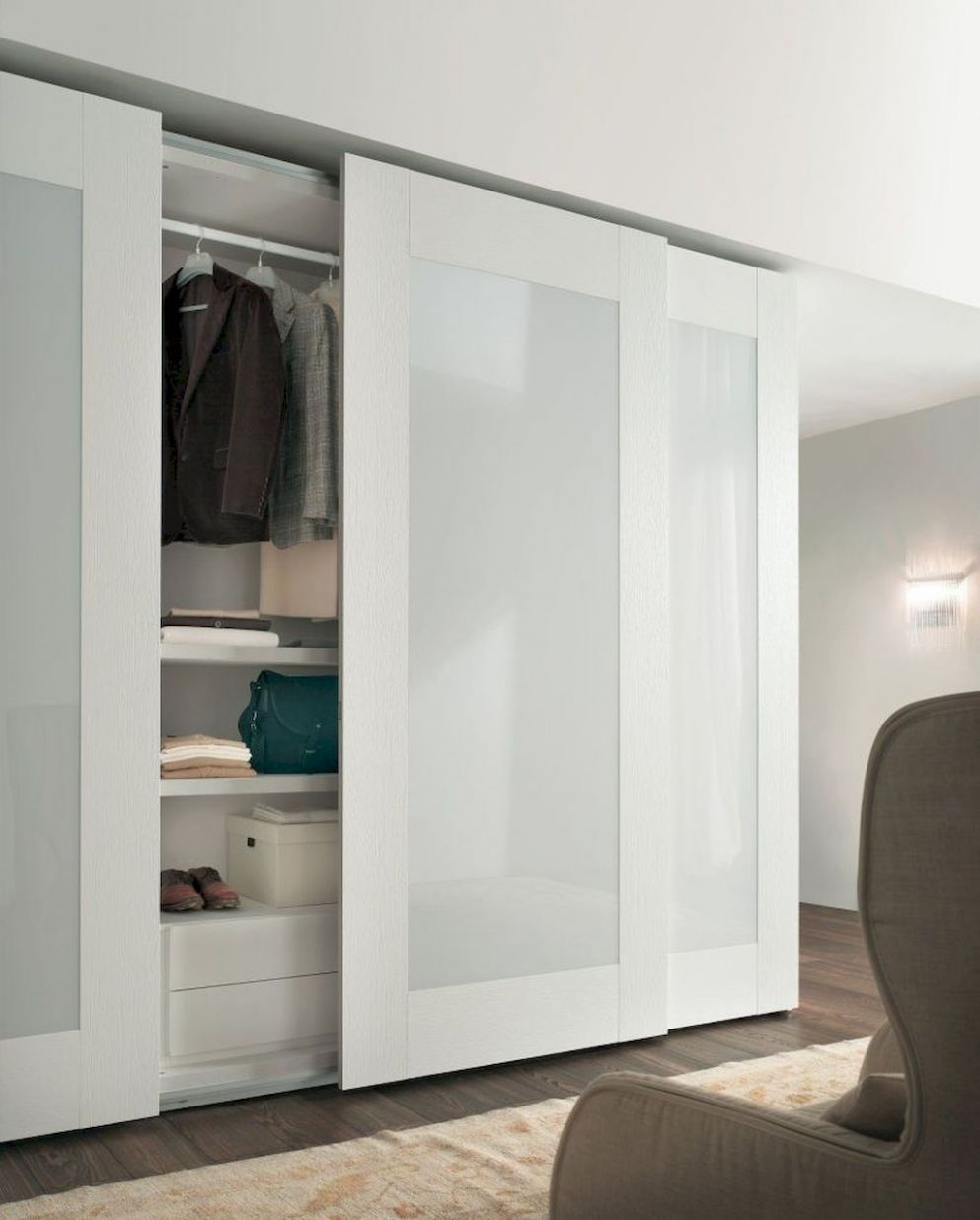 Pin by Amanda Pierce on Bedroom Ideas | Modern closet doors ..