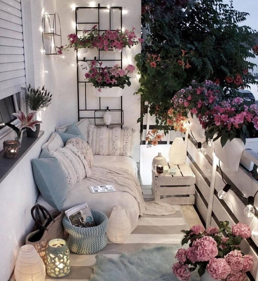Pin by Felisa Waters on Popular Trending | Apartment balcony ...