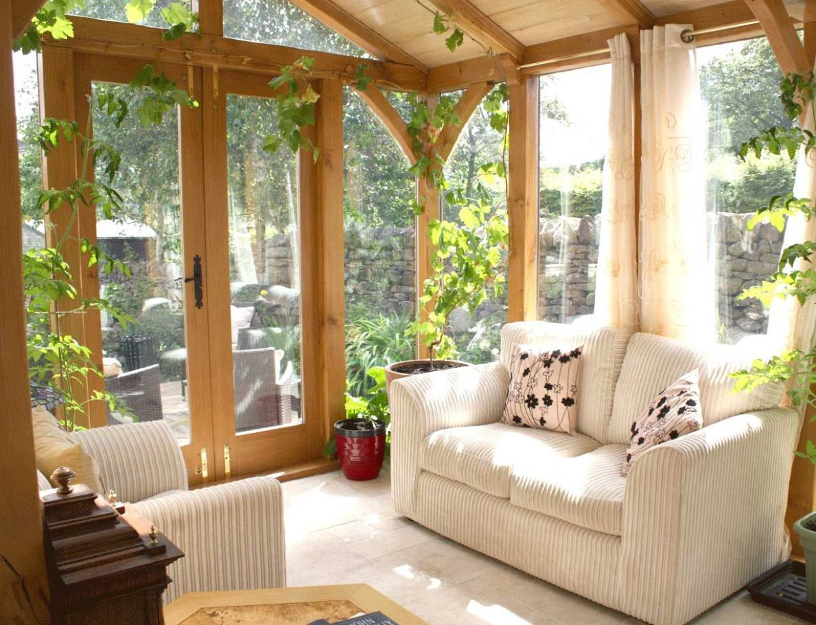 Pin by Lisa Nachtigal on sunroom | Small sunroom, Sunroom designs ...