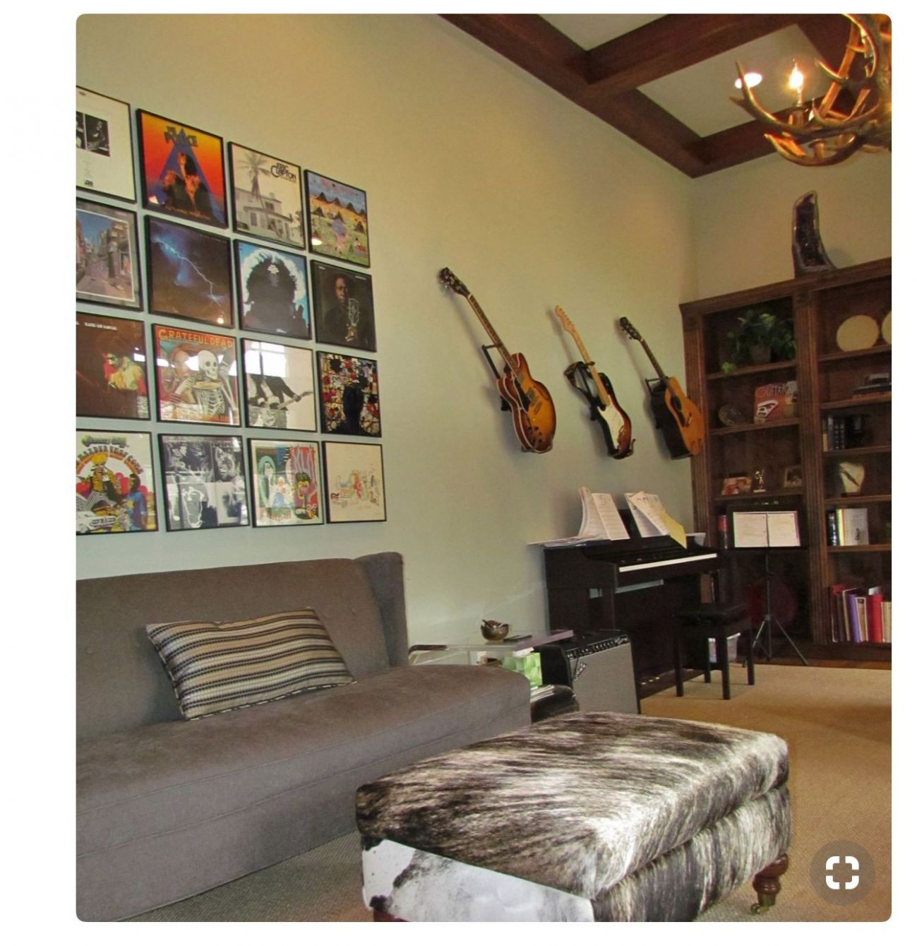 Pin by Mo Ramirez on Girls Rooms | Home music rooms, Music room ...
