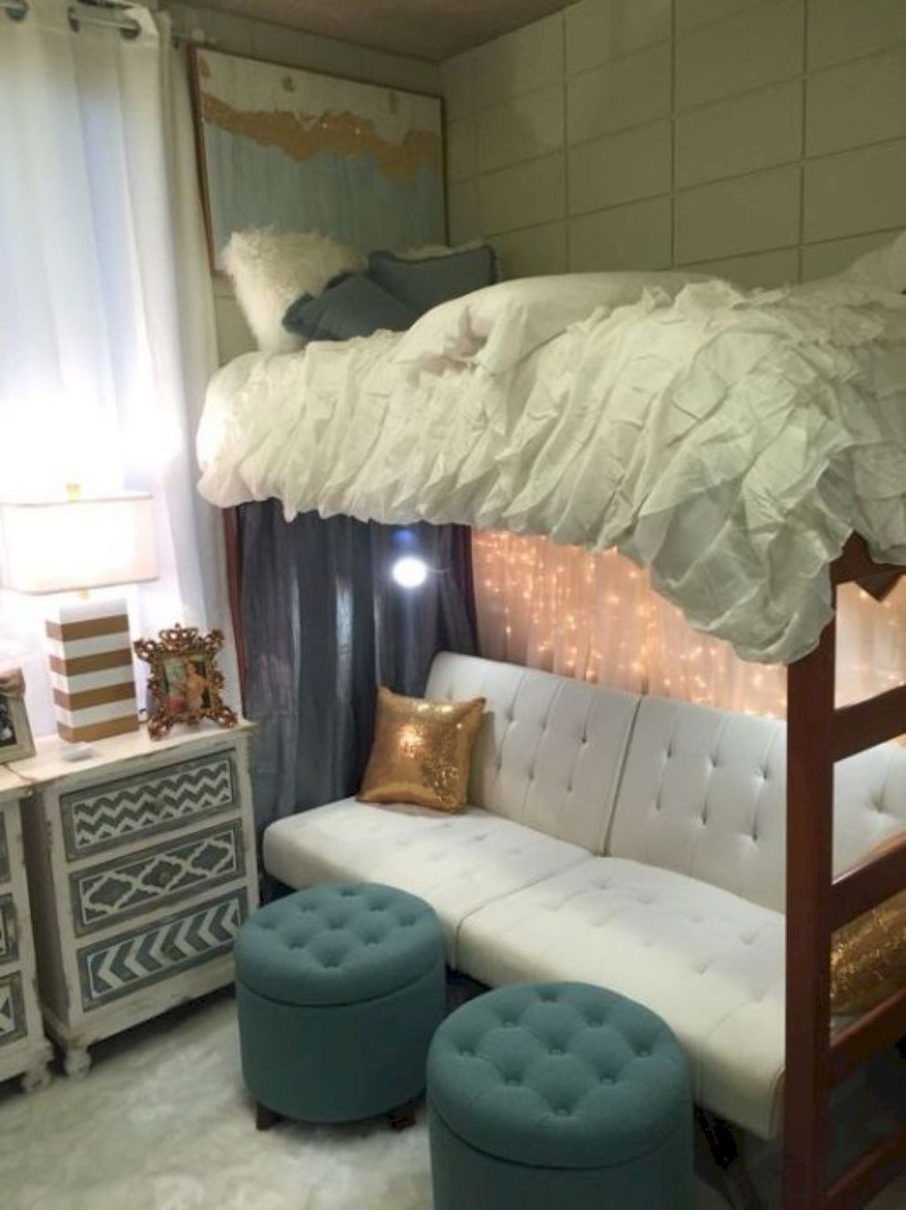 Pin by spicey bananas on décor | Dorm room designs, Cute dorm ...