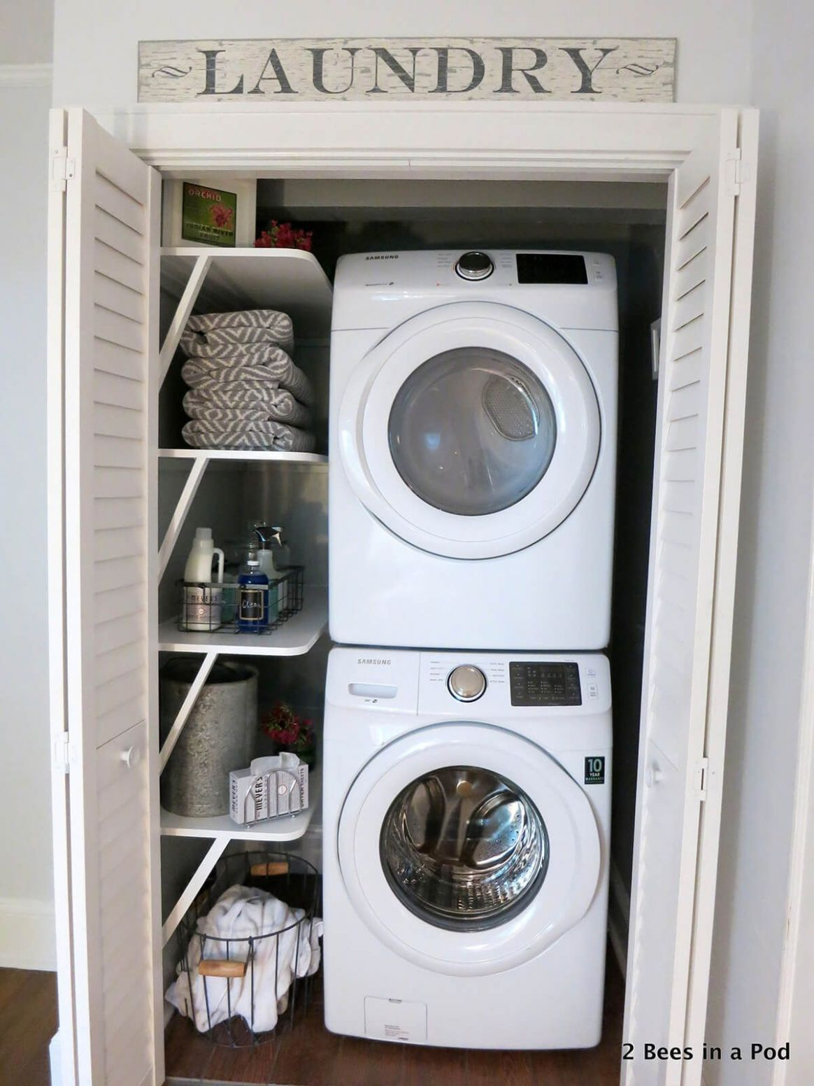 Pin en farm - laundry room ideas in closet
