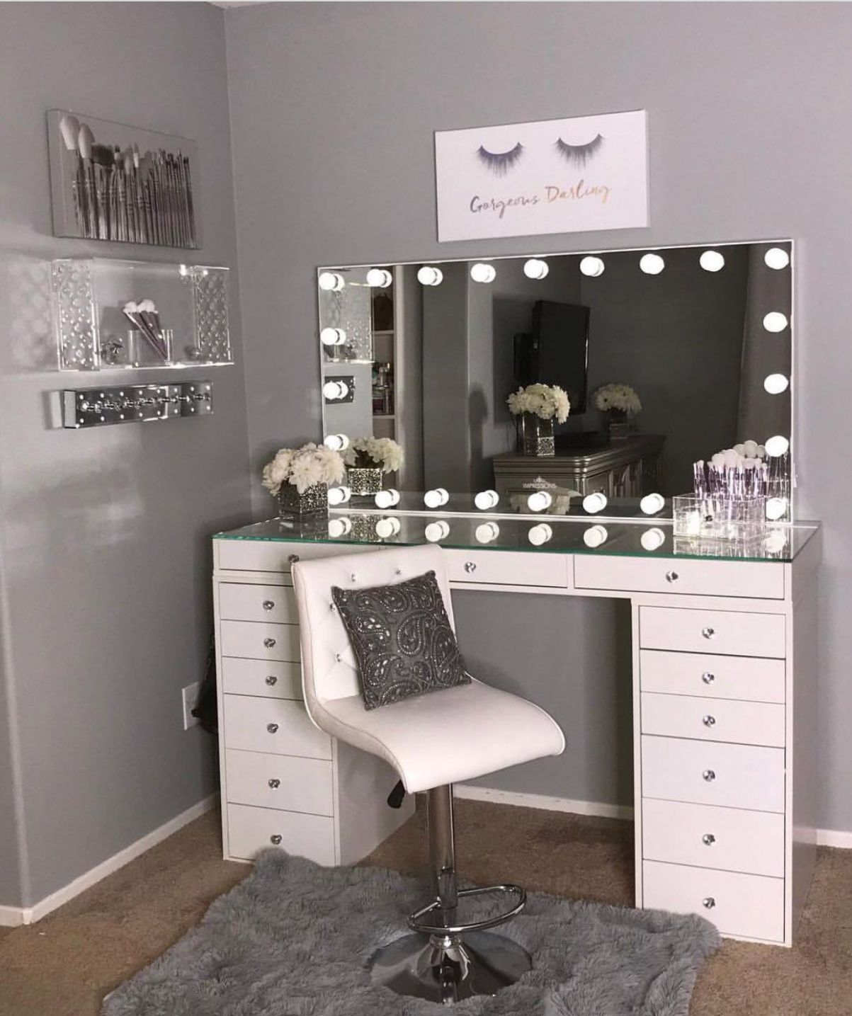 Pin on MAKEUP•ROOM - makeup vanity room ideas