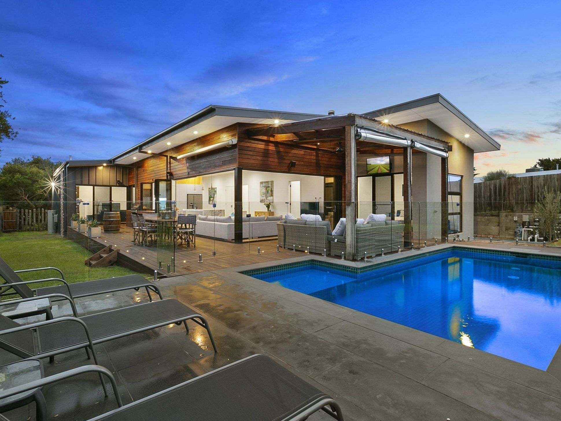 Pool Ideas - Swimming Pool Photos & Landscaping Designs with Pool - pool landscaping ideas queensland