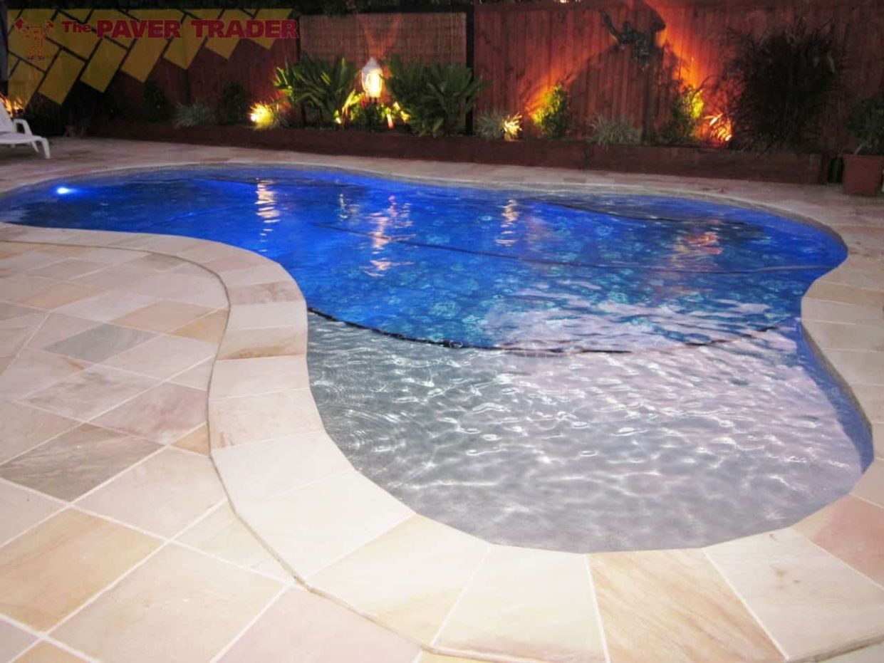 Pool Tiles and More Pictures and Ideas | Contemporary Tile Design ...