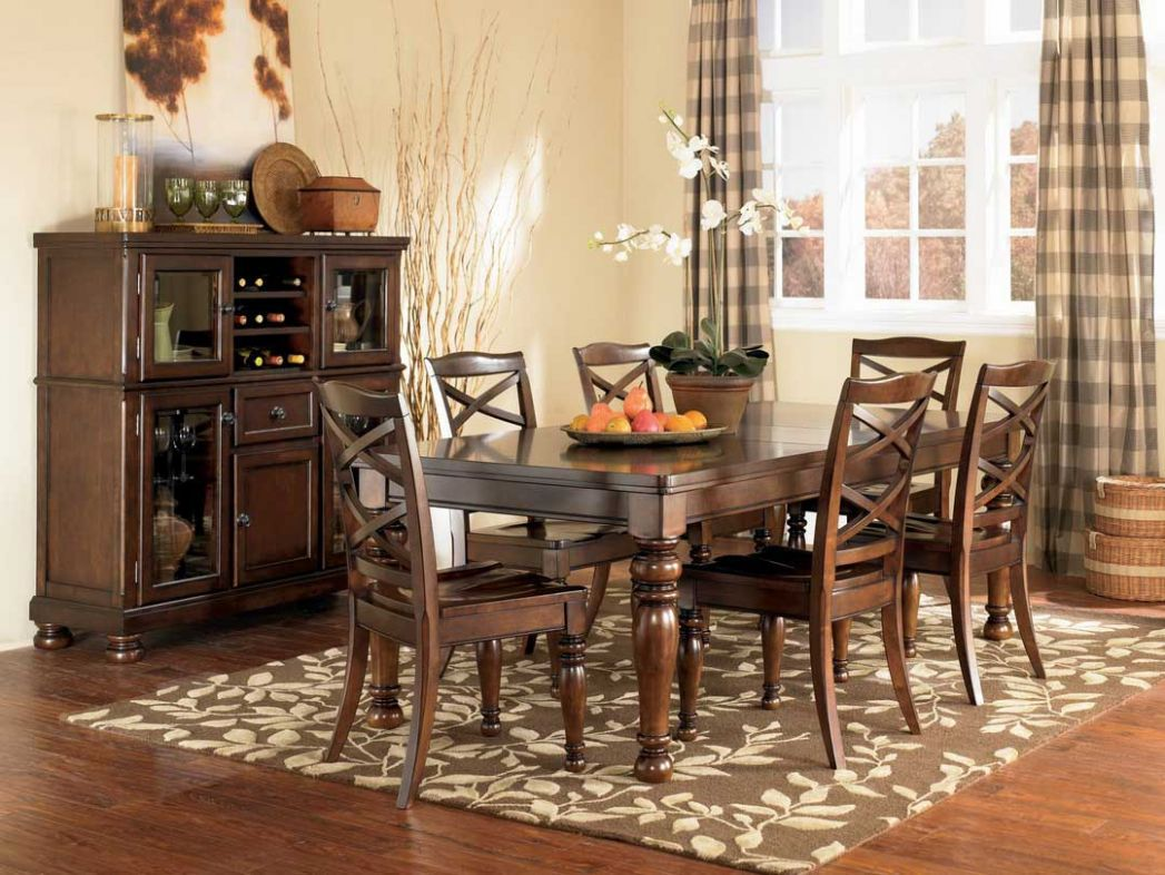 Pretty Dining Room Rugs Interior Design and Decor - Traba Homes