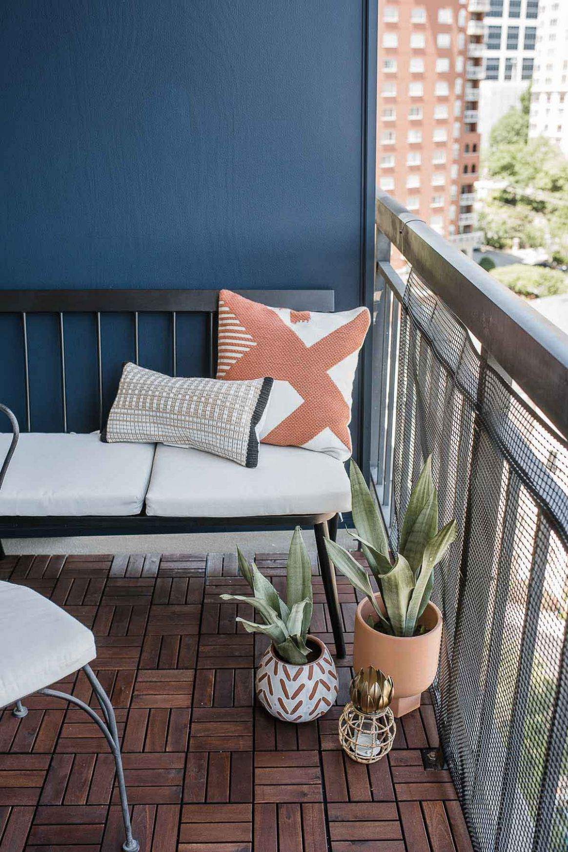 Quick and easy ways to Beautify Your Apartment's Balcony