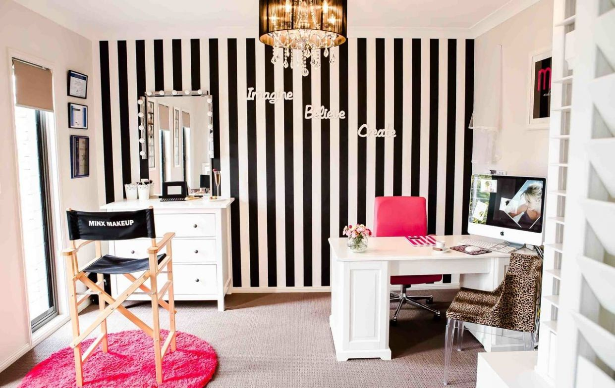 Related image | Makeup room design, Makeup studio decor, Studio decor - makeup room background