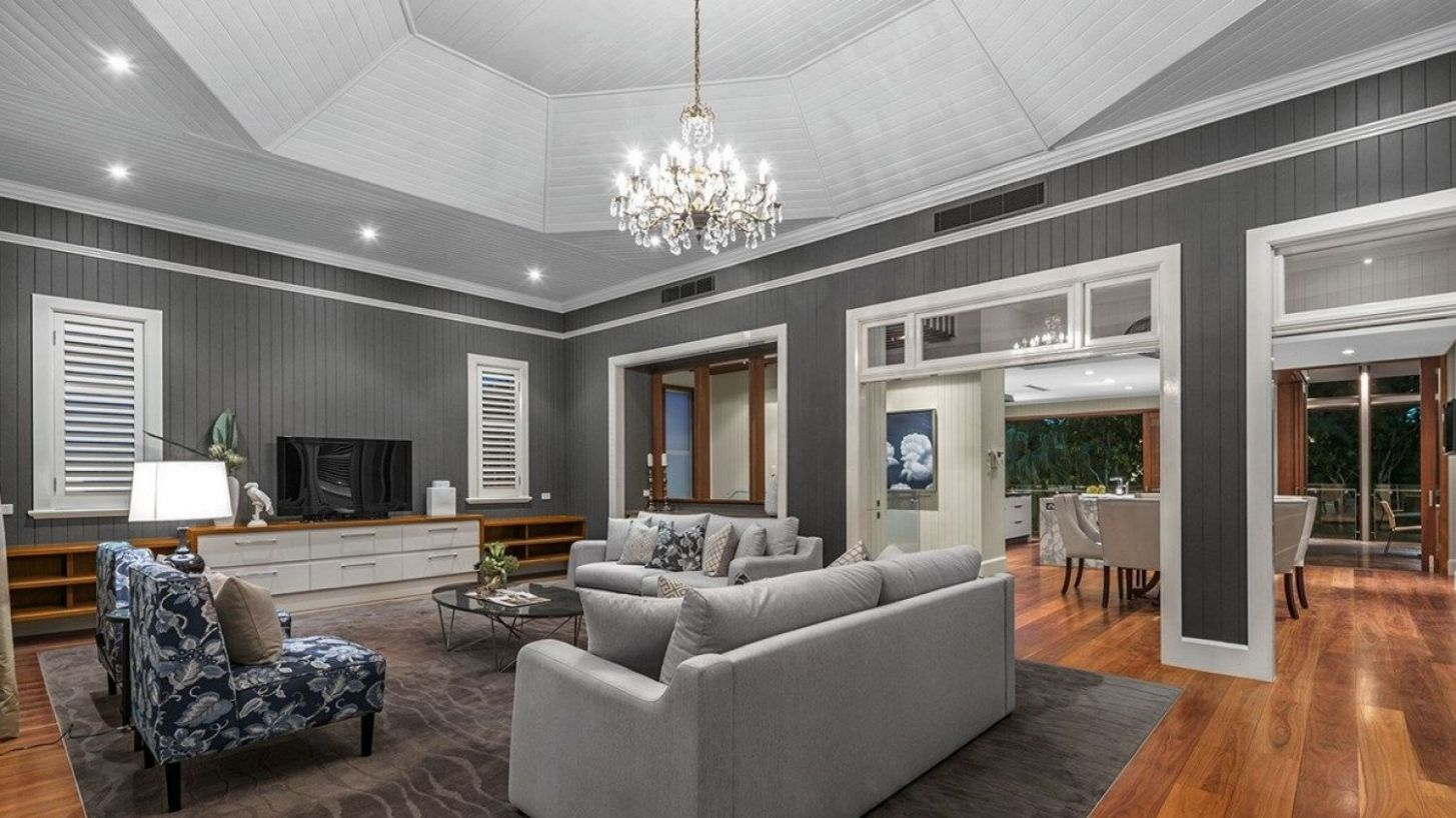 Renowned New Farm Queenslander goes to auction this weekend - queenslander living room ideas