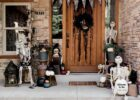 Skeleton Welcome: Halloween Front Porch Decoration Ideas - Parties ...