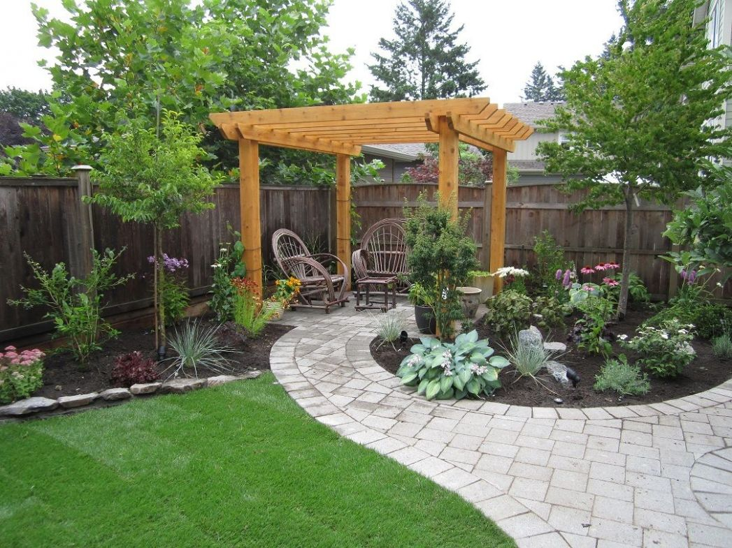 Small Backyard Makeover | Small backyard gardens, Small backyard ..
