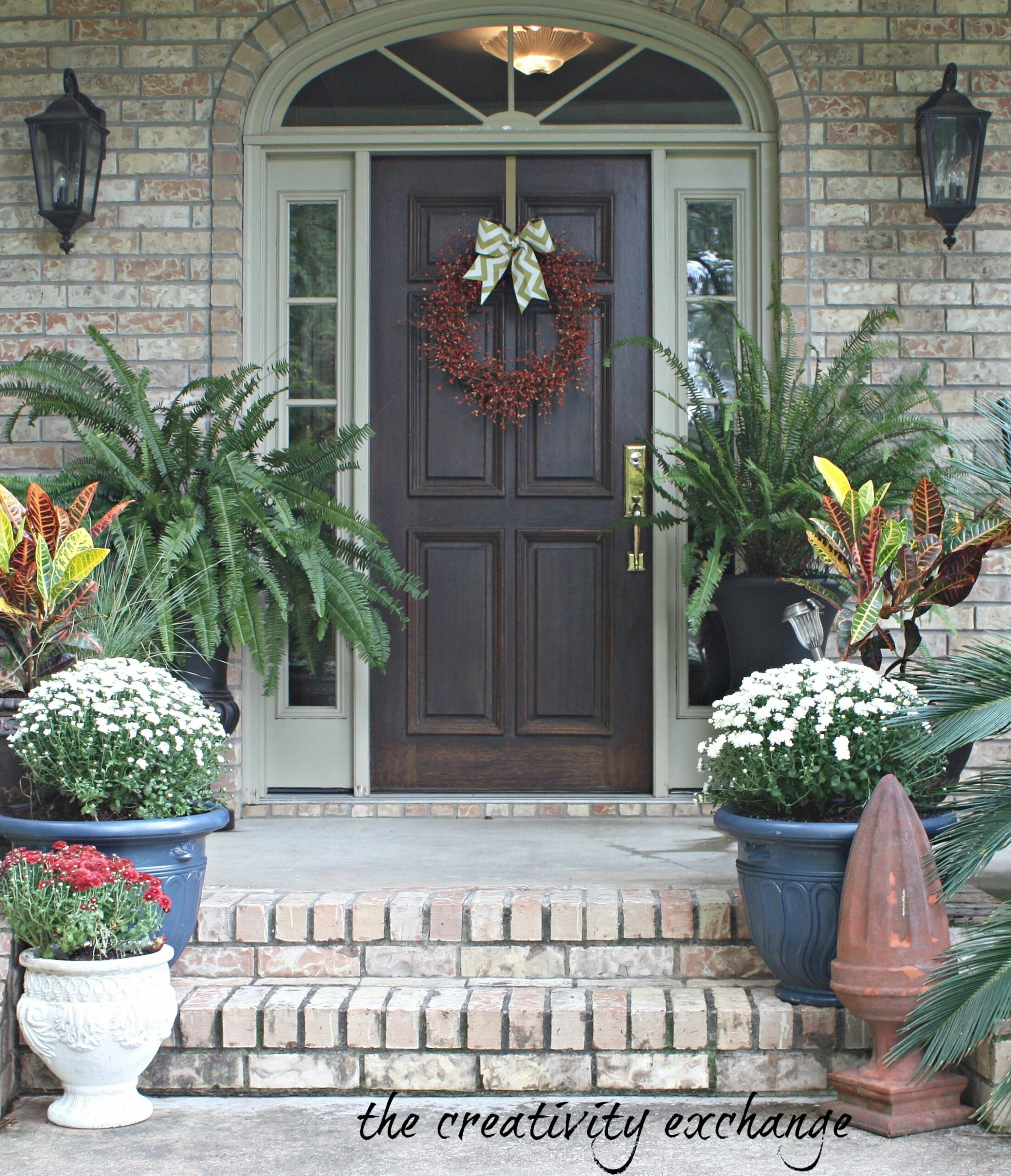 Small Front Porch Decorating Ideas For Winter Fall Door Decor Sink ..