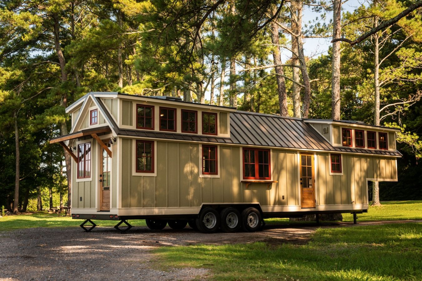 Super Spacious 10-Foot Tiny Home on Wheels... The Denali XL by ...
