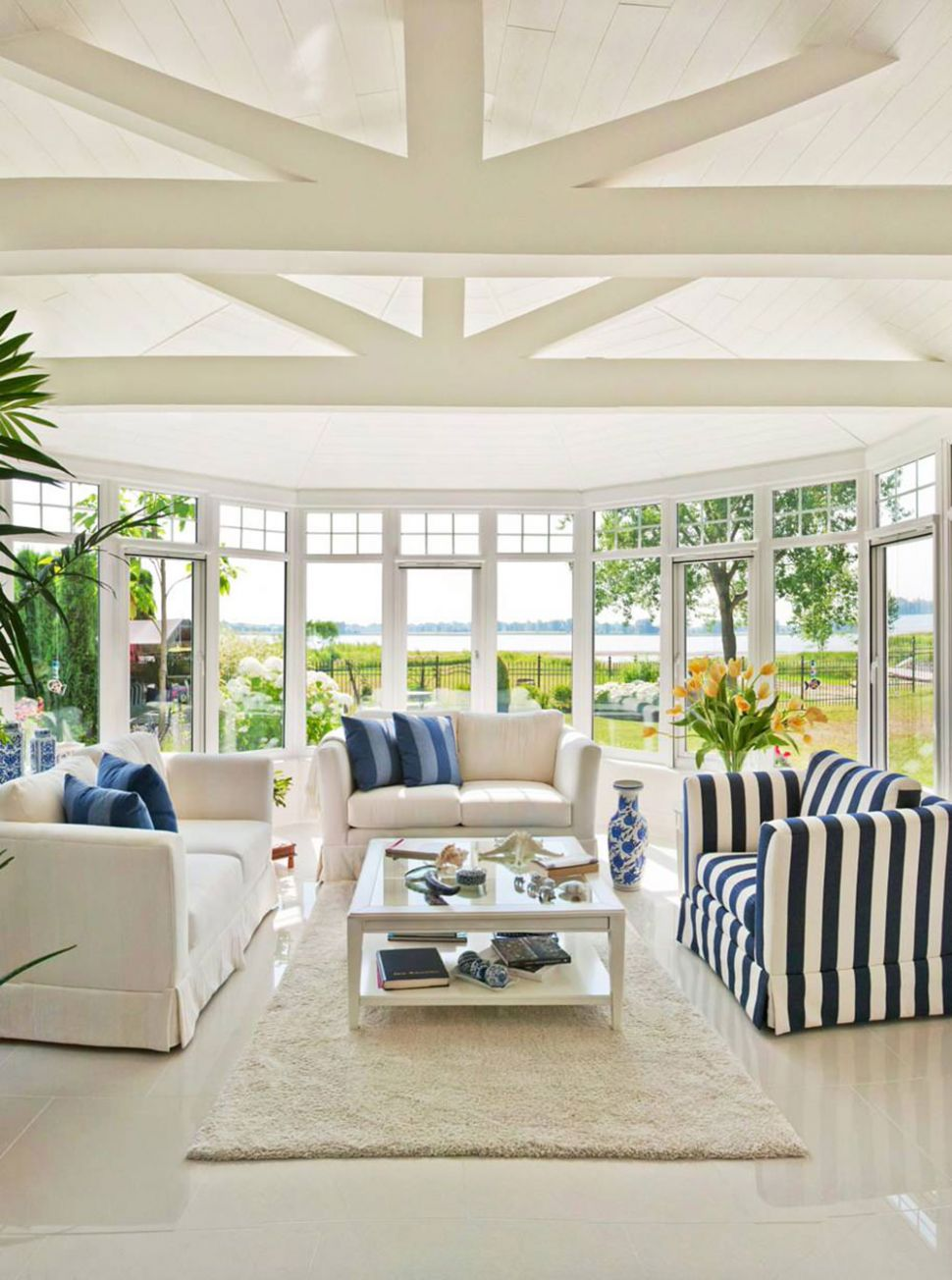 Superb Sun Rooms Examples - 9 Pictures