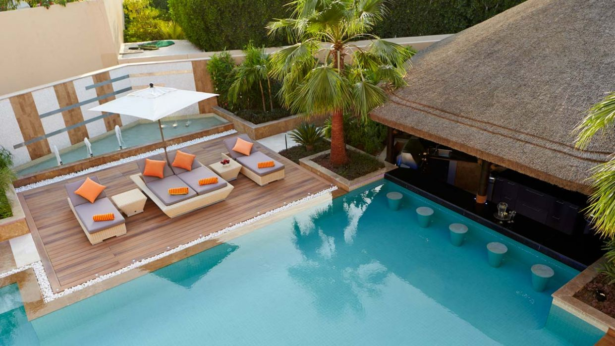 Supercharge your pool this summer with these 11 pool bar ideas ...