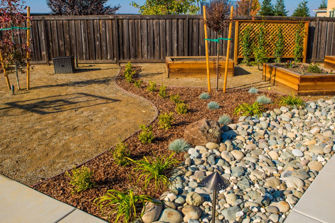 The advantages of Xeriscaping – FiveSTAR Landscape, Sacramento ...