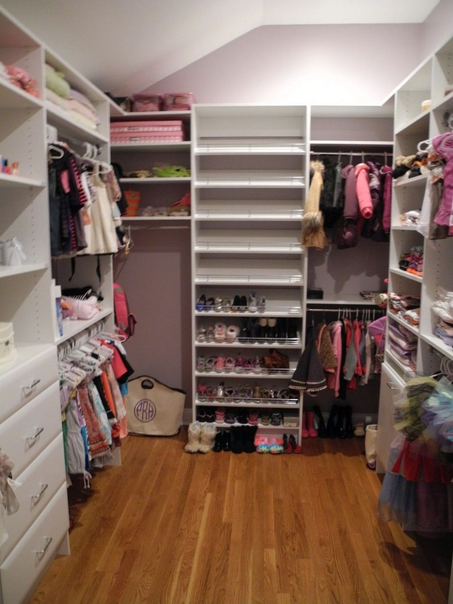 The Beautiful And Modern Girl Closet Ideas At Interior Home Room ..