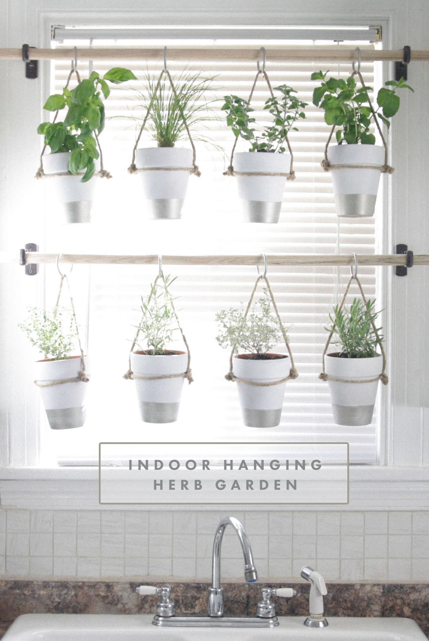 These Vertical Garden Ideas Are Perfect for Small Spaces ...