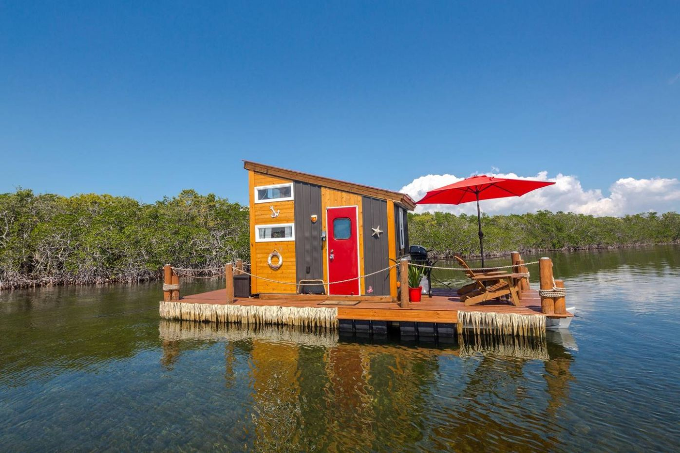 This Tiny Floating Home in the Florida Keys is Pure Paradise—And ..