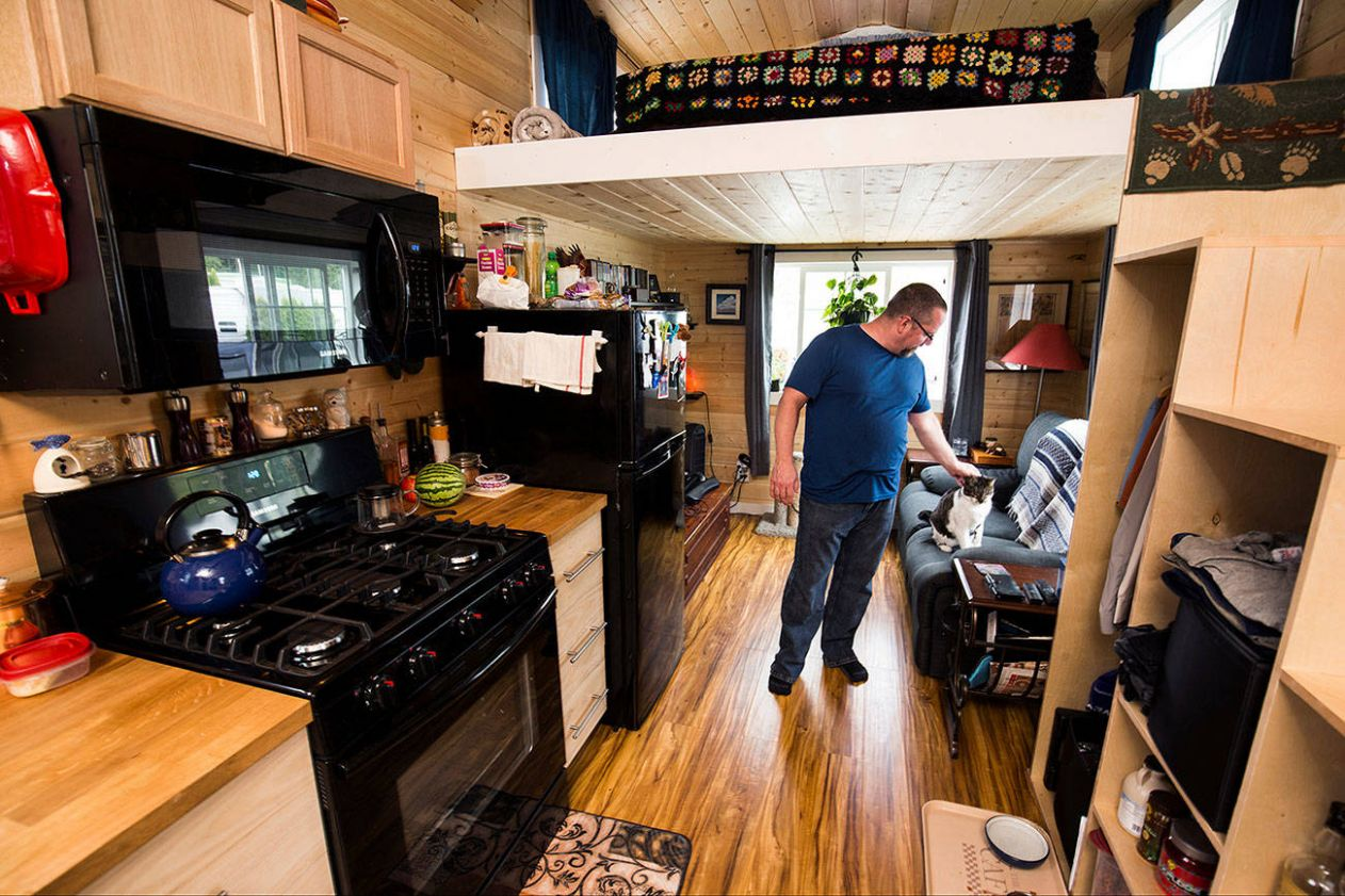 Tiny house how-to course comes to Greater Victoria – Saanich News - tiny house victoria