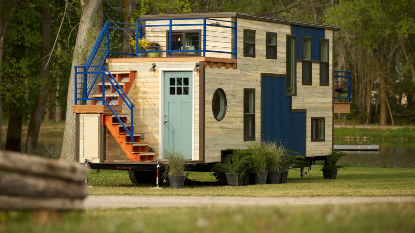 Tiny House Nation Full Episodes, Video & More | FYI - tiny house nation episodes