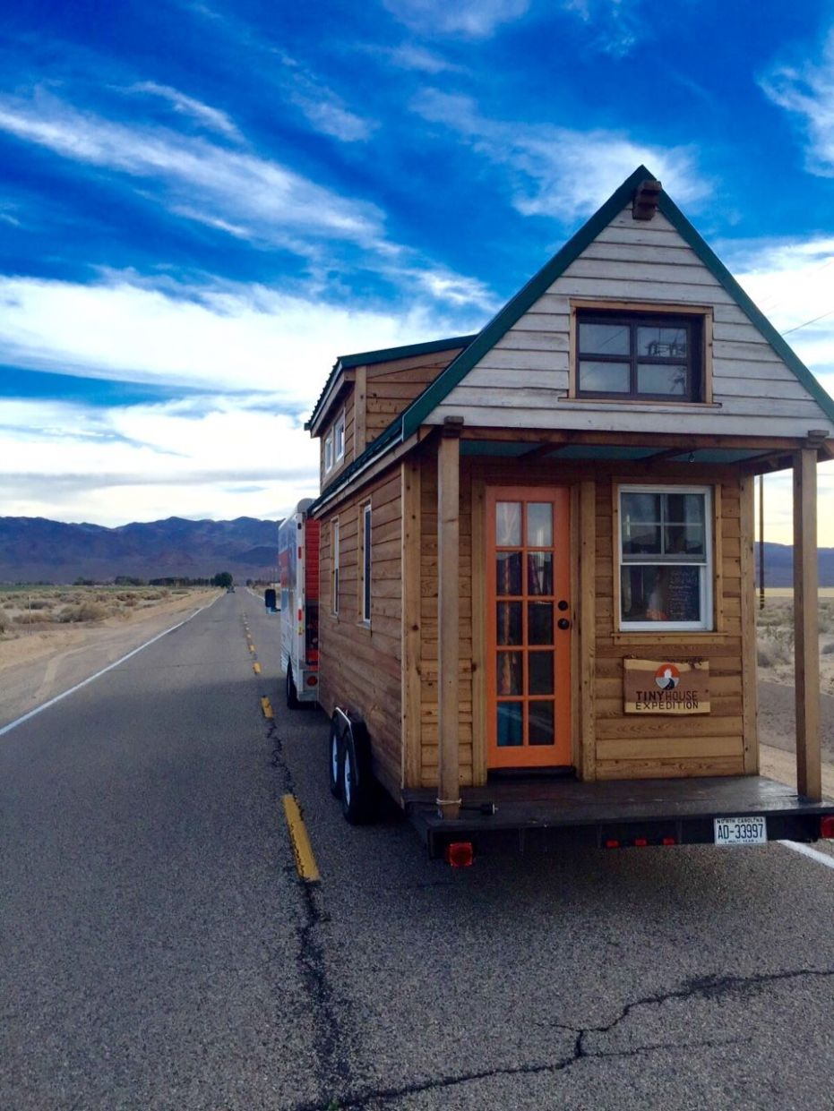 Tiny Houses vs RVs: Which One Is Right For You? | Tiny house, Tiny ..