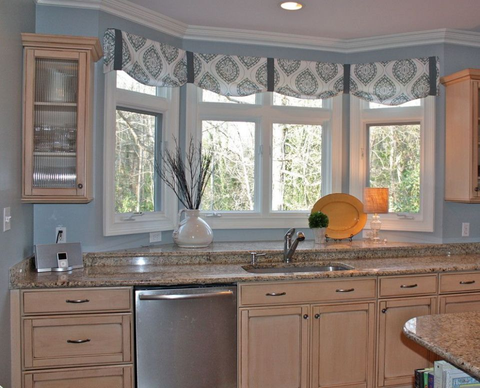 valance for kitchen window (With images) | Kitchen window valances ..