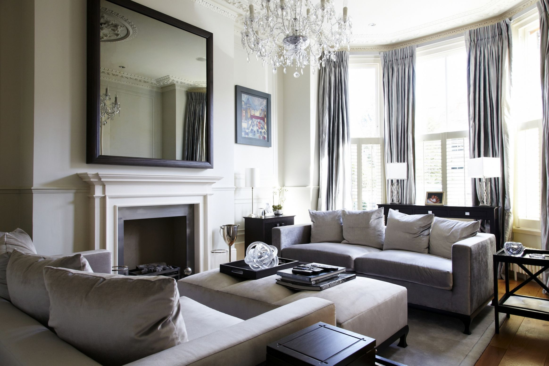 Victorian Chic House With A Modern Twist | Decoholic - dining room ideas for victorian house