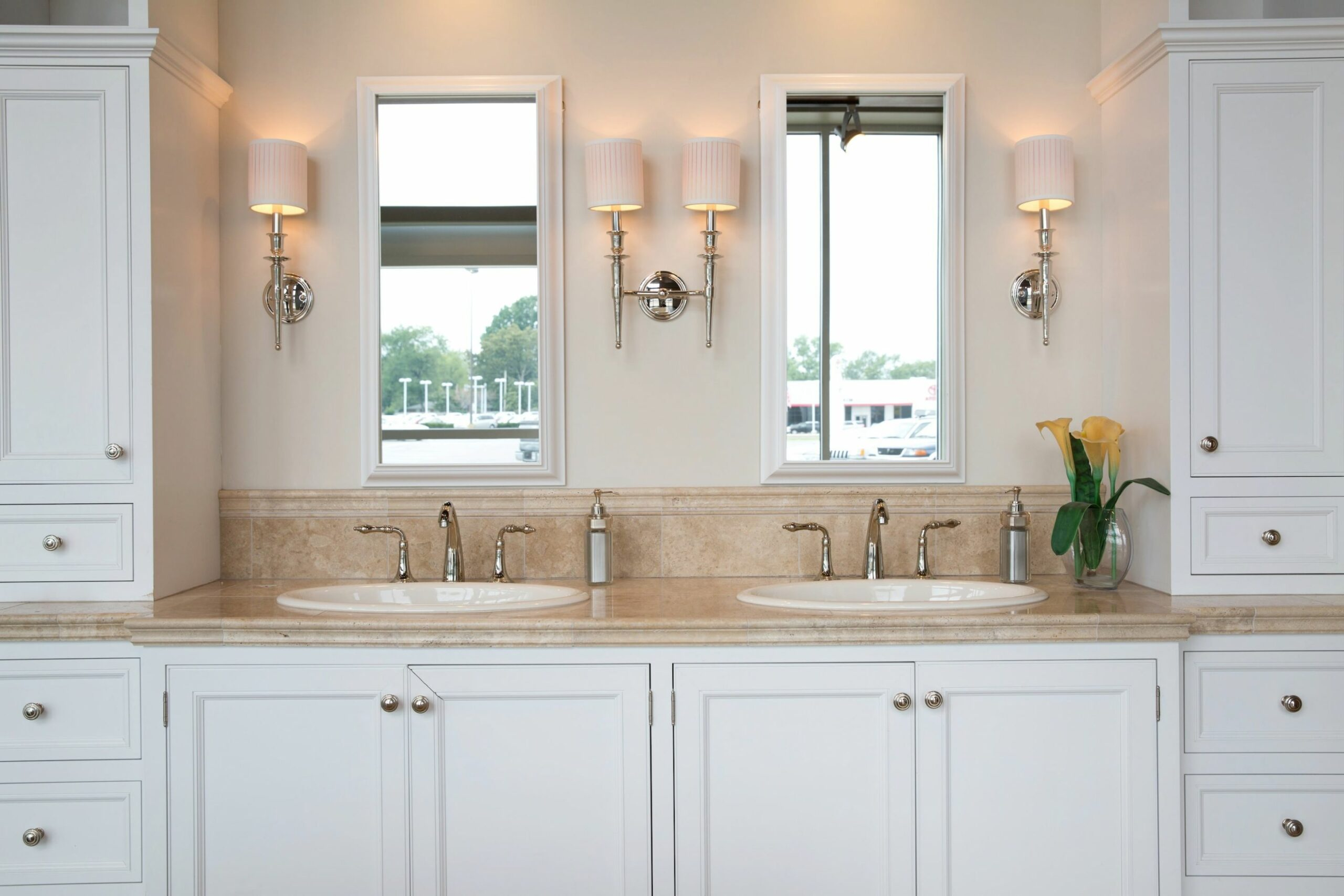 What Is a Jack and Jill Bathroom? | Angie's List