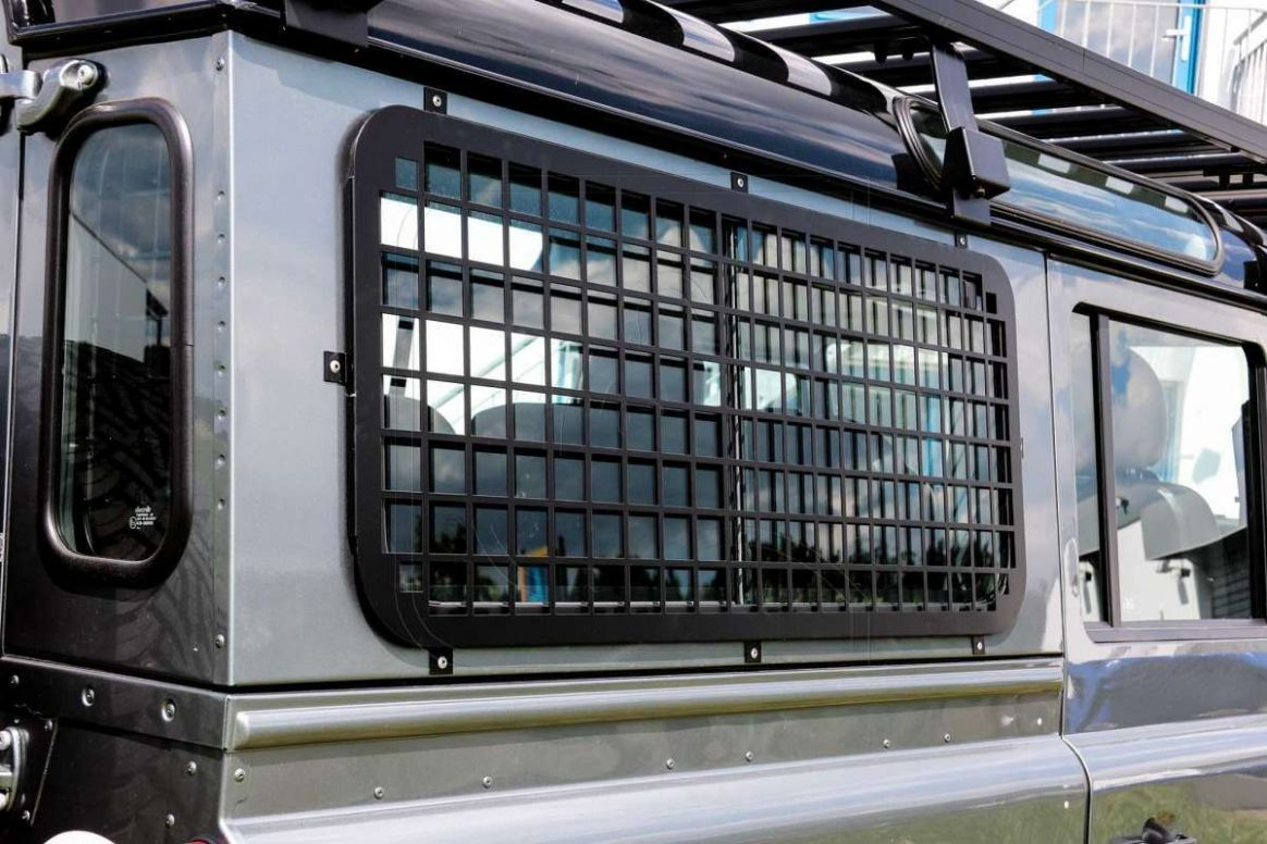 Window guards for Land Rover Defender 10/10 | Land rover, Land ..