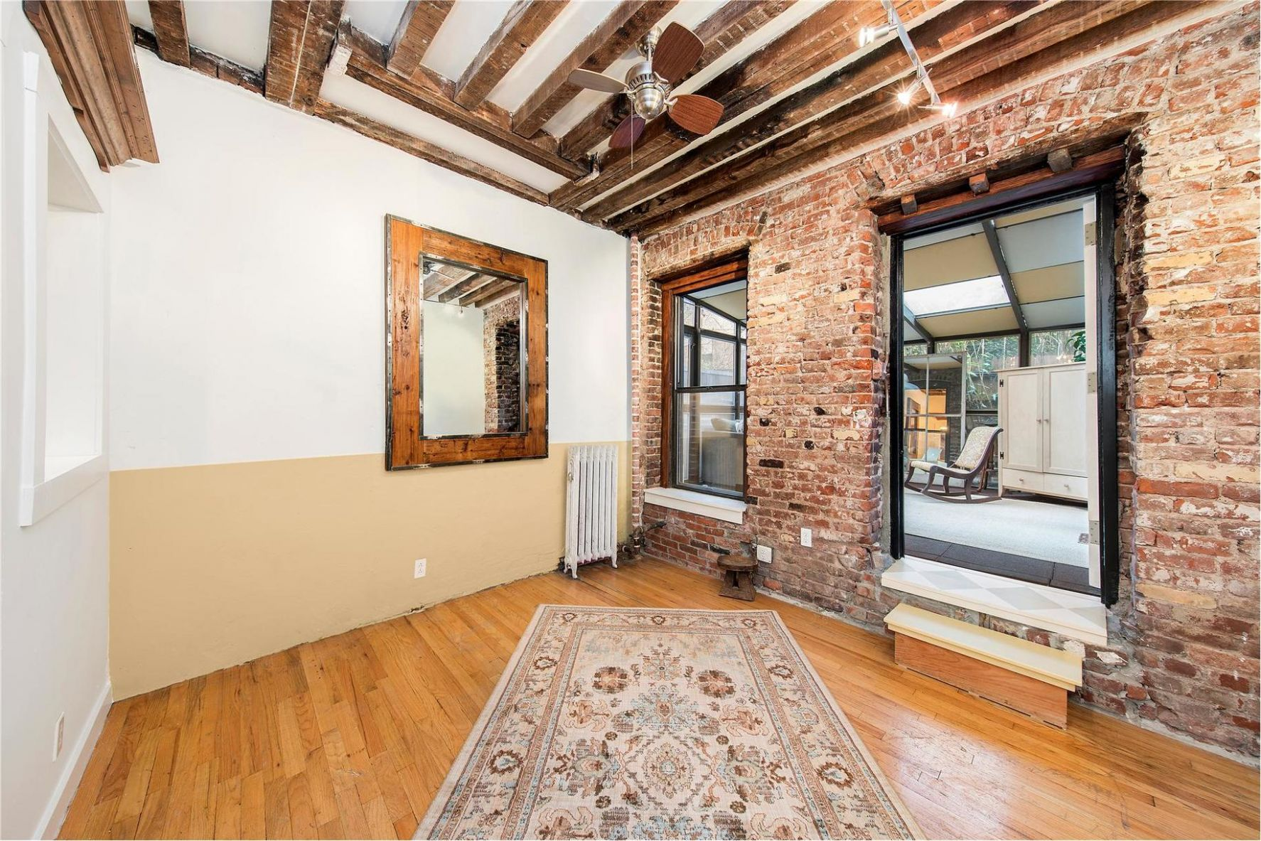 With a Cool Renovation and a Sunroom, This Tiny East Village Home ..