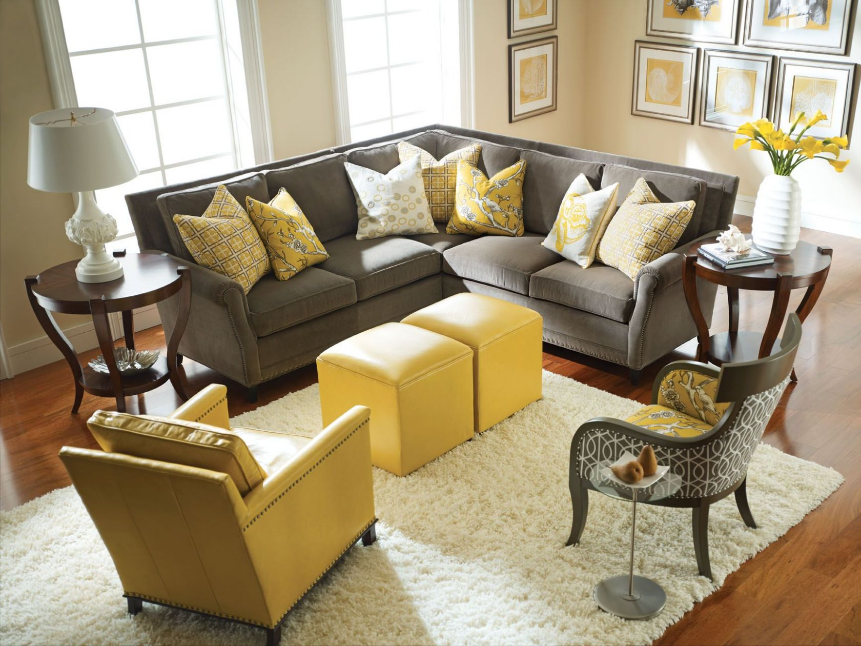 Yellow and Gray Rooms | Grey, yellow living room, Living room grey ..