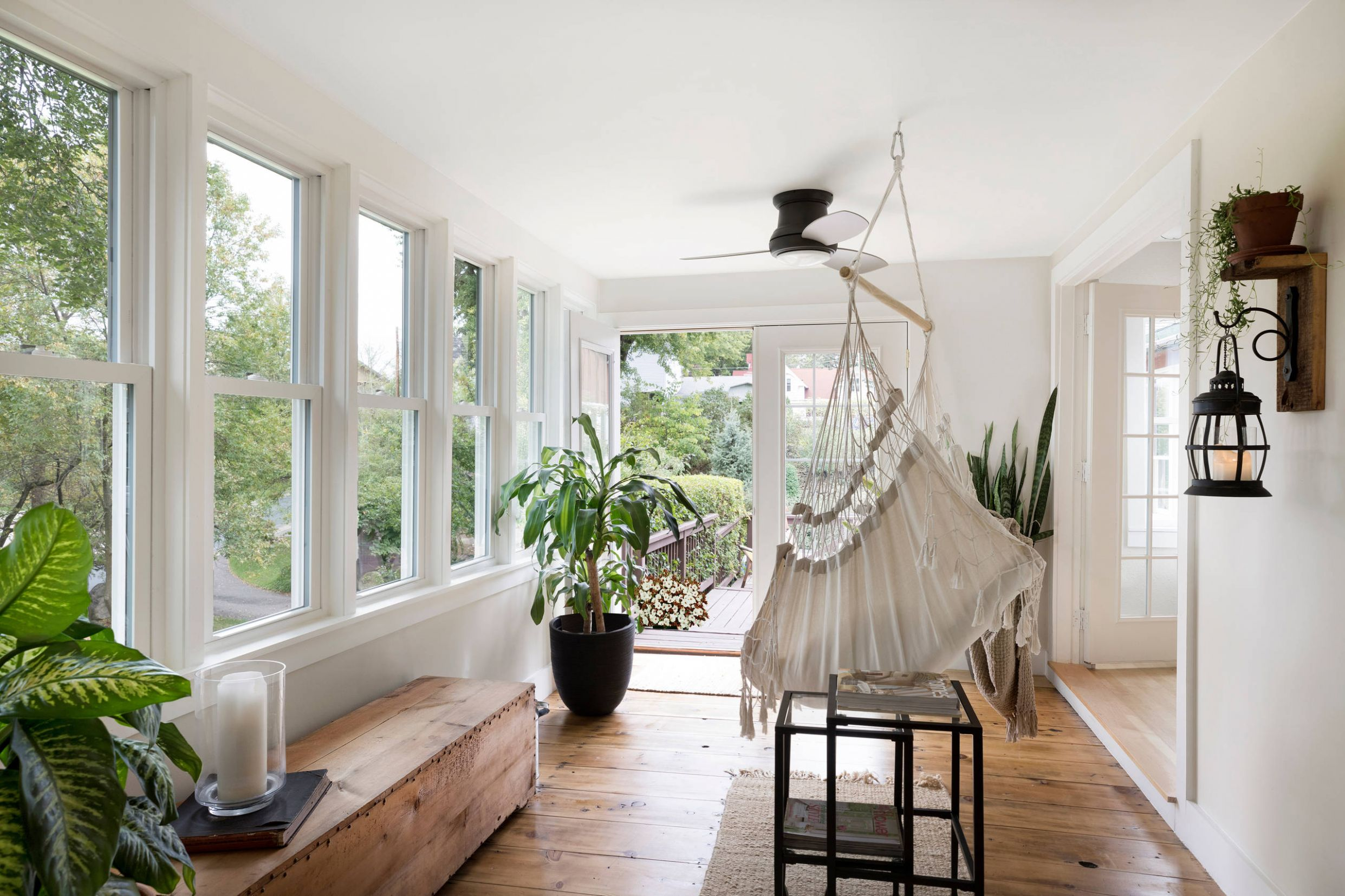 Zen Sunroom Ideas & Photos | Houzz - zen sunroom ideas