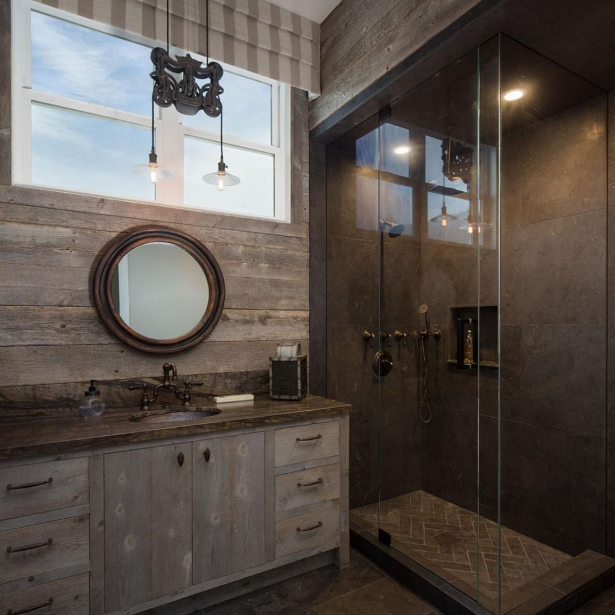 10 Beautiful Rustic Bathroom Ideas With Wood Shower Design - DEXORATE